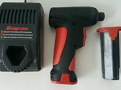 SNAPON SNAP ON CORDLESS screw driver 7.2v ctb5172 battery x2 & 240v ac charger