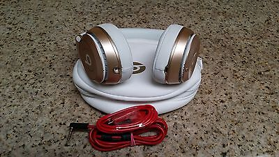 Beats Apple by Dre Solo 2 Wireless Headphones - Rose Gold special Edition !!!!