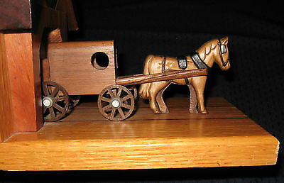 Amish Horse & Buggy Oak Bookend - Inlayed & Trimmed w/ Dark Wood