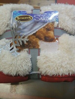 Scruffs Dog Xmas Winter Wonderland Snuggle Blanket Red and Cream