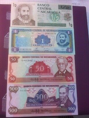 Nicaragua  4 Bank Notes 1985-1990 Unc