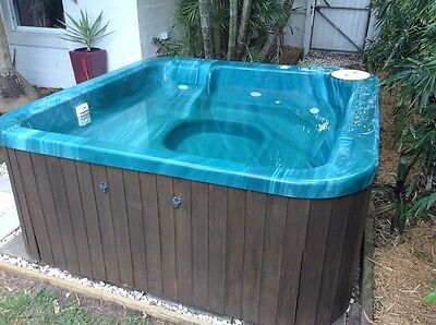 4-5 seater Outdoor Spa