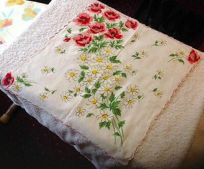 Vintage Ladies Hanky Pristine~Large Bouquet of Roses & Daisies Scallopped Edges