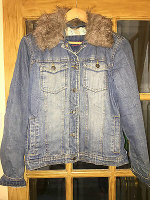 Great condition Denim Jacket with fur collar Tammy 15 Years BARGAIN
