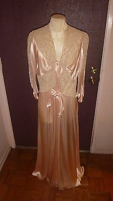 Vintage Lace & Satin Nightgown - EXCELLENT CONDITION!