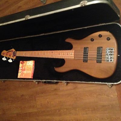 PEAVEY FOUNDATION BASS 5 STR Made in USA