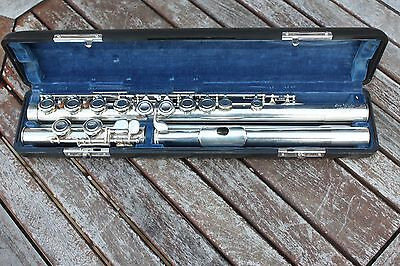 Pearl Super Deluxe Concert Flute vintage 1980's .solid silver head&Body.