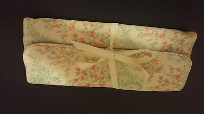 Retired! Longaberger Jewelry Roll - Vintage Blossoms  - Perfect for Travelhis aw