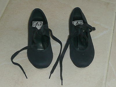 Girls tap shoes size 8
