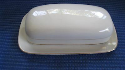 Butter Dish Plain White With Gold Trim In Excellent Condition