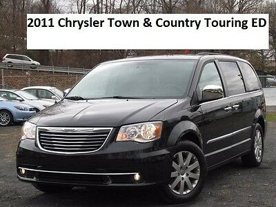 2012 Chrysler Town & Country Touring 2012 Chrysler Town & Country Touring
