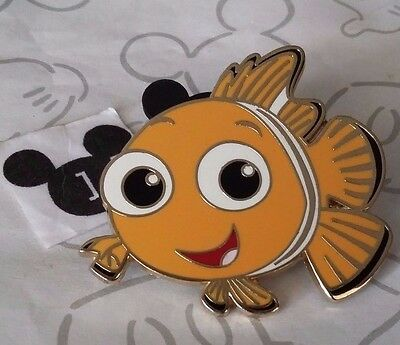 Nemo the Clownfish Facing Left Smiling Swimming from Finding Nemo Disney Pin