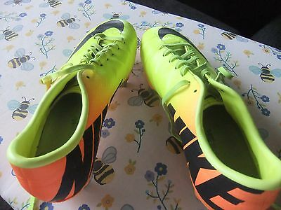Mens Nike Mercurial size 8 rugby boots
