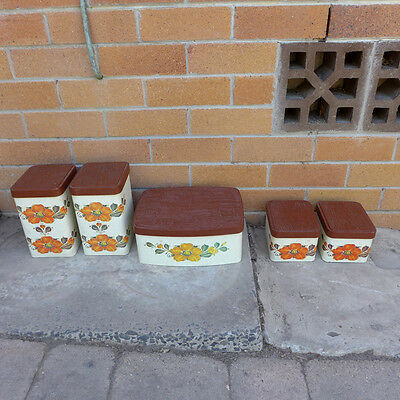 Vintage retro Set of 5 Willow Tins / Canisters