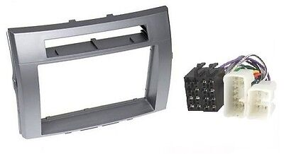Frame for TOYOTA COROLLA VERSO 2004 -> Silver Radio faceplate 2DIN + ISO