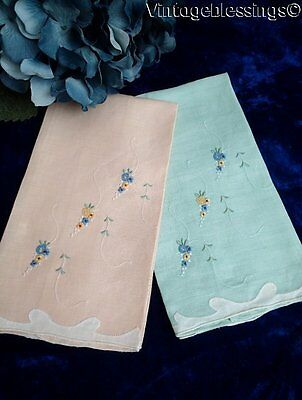 """Vintage MADEIRA Gorgeous Pair of Linen Towels 20 1/2"""" x 13"""""""