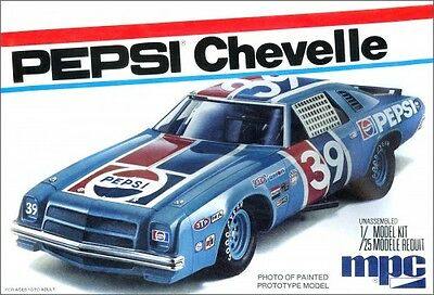"MPC ""Pepsi"" 1975 Chevy Chevelle Stock Car 1/25 Plastic Model Kit 808"