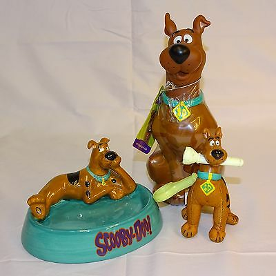 3 Scooby-Doo! Items--Ceramic Soap Dish, Bottle of Bubble Bath & Burger King Glow
