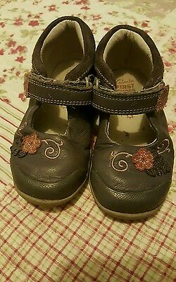 Clarks girls toddler shoes size 5 1/2 F