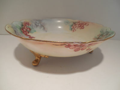 Limoges? France Antq Hand Painted Gold Gilt Footed Scalloped Bowl Dish Grape Sgn