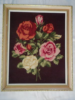 TAPESTRY CRAFT PICTURE COMPLETED & GILT FRAMED BEAUTIFUL ROSES 54 X 45 cm