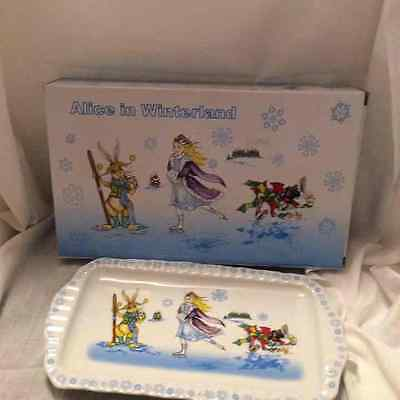 """CARDEW """"ALICE in WINTERLAND""""  COOKIE TRAY"""