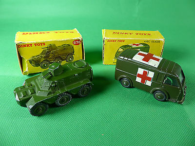 1960er Jahre Dinky Toys 676 Armoured Carrier + Renault Ambulance beide in Box