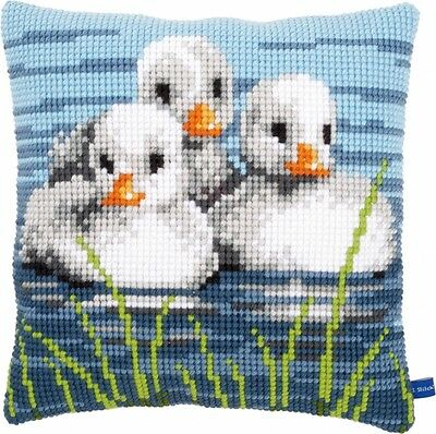 """Vervaco DUCKLINGS IN THE WATER Chunky Cross Stitch Cushion Front Kit 16"""" x 16"""""""