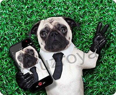 Cheeky Pug Taking Selfie Funny Mousemat / Pad Anti Slip Computer PC Mouse Mat