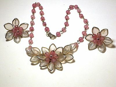 STUNNING Coro PINK & Translucent FLOWERS Poured GLASS  Pin Necklace & Earrings