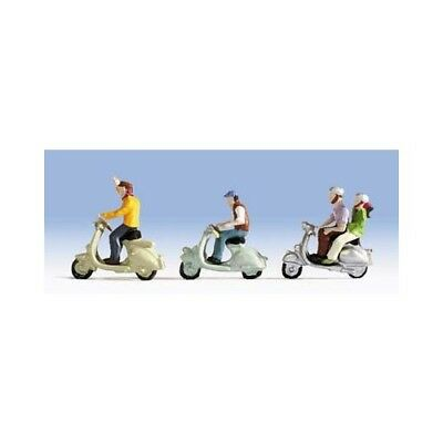 Scooter Riders and scooters - OO/HO figures - Noch 15910 - free post