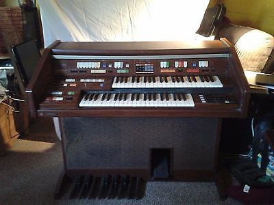 Technics Electronic Organ SX-E44