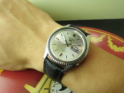 Vintage Japan 37Mm Seiko 5 Silver 6119-8030 21J Automatic Mens Watch Nice
