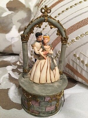 Harmony Kingdom Walt Disney World Cinderella & Prince Charming Ltd Ed 500