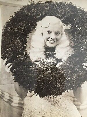 Yuletide Greetings MARY HARTLINE, ABC Chicago, Autographed To Buyer
