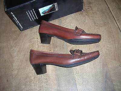 GEOX Flor brown leather heel 4cm NEW Val E Size 38