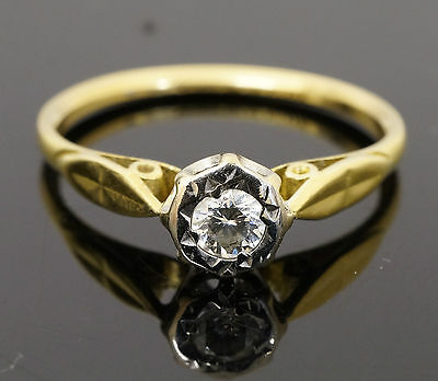Vintage 18ct Yellow Gold & Platinum Diamond (0.20ct) Solitaire Ring (Size N 1/2)