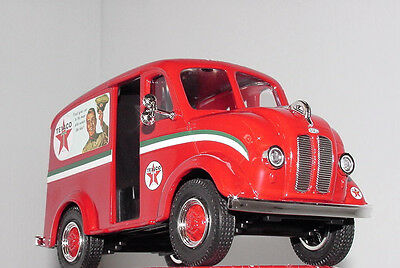 1950 Divco Delivery Texaco Oil Truck # 31 in the Series Red Regular Edition MIB
