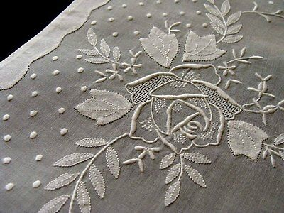 WOW PRISTINE 16pc White Organdy Placemats Linen Napkins ROSES Hand Embroidered
