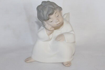 Lladro Rare #4539 Angel Cherub Sitting Thinking Bisque Matte Finish No Box