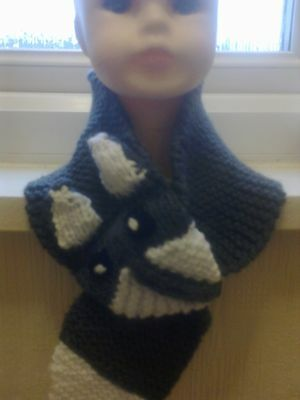 boys chunky grey and white fox scarf hand knitted