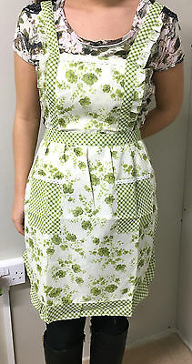 Cooking Apron Retro Lady Pinny Flowers Floral Pattern Pink Green Vintage