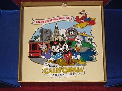 Disney-DCA-Opening-Day-Jumbo-Pin-June-2012-Mickey-Minnie-Donald-Goofy-LE500 NEW