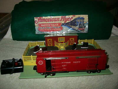American flyer #771 Stockyard w/#736 cattle car (Lot#178)