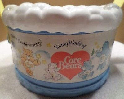 RARE 1985 Young World of Care Bears Drum Case Good Luck Cheer Funshine Bedtime