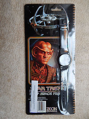 Vintage Star Trek Deep Space Watch Bnew / Sealed 1993 Collectable Gift