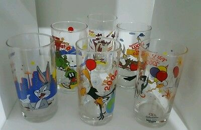 Looney Tunes set of 6 Collectable Glasses IXL year 2000 Limited edition
