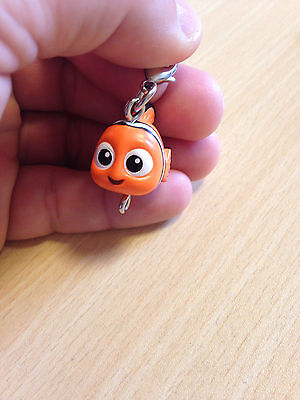 finding Nemo Movie Gashapon Japan Keychain strap figure NEW dory lobster clip