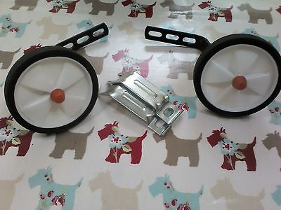 Childs Stabilisers Hardly Used Fab Condition