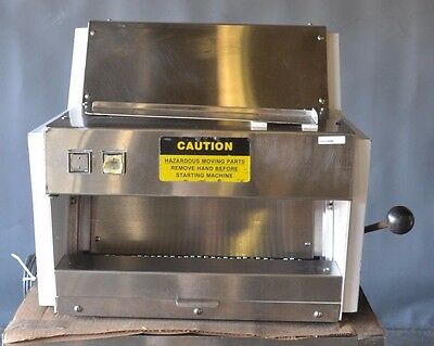 USED Oliver 711 Countertop Bread Slicer,Excellent Working Condition, FREE SHIP!